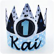 K010 (B) donkerjeans-zachtblauw-wit Kai Verjaardagskroon